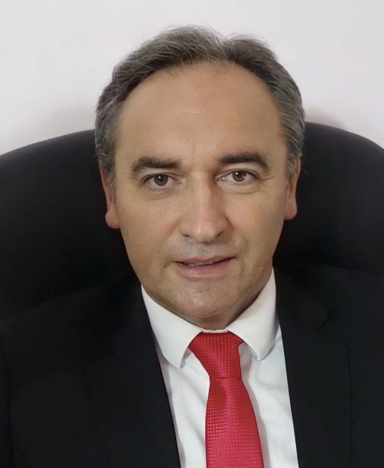 мр Mилан Станојевић предавач